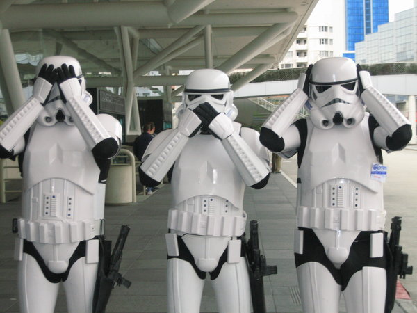 storm_troopers__by_mythrime